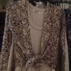 Athleta sweater dress with leopard shrug med